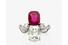 Кольцо с бриллиантами и рубином в оправе из белого золота (общий вес: 5,89 г; общий вес бриллиантов: 3,22 карата). Ок. 1910 года