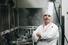 Тьерри Мона, француз швейцарского происхождения, больше 30 лет работает в ресторанном бизнесе. Последние пять лет он разрабатывает бортовое меню для «Аэромара».