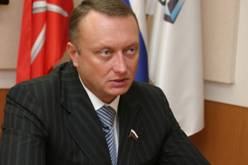 Дмитрий Савельев, член Совета Федерации: жилой дом в Англии