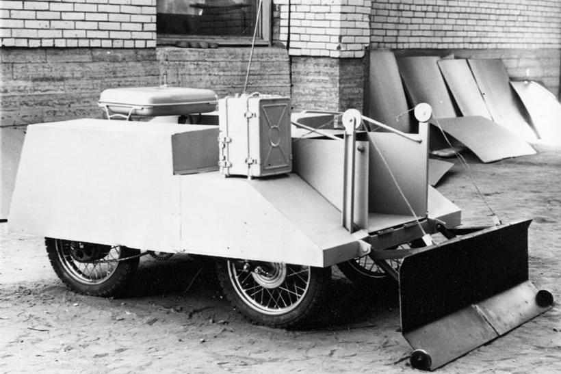 Радиоуправляемый тяжелый робот ТР-Б1