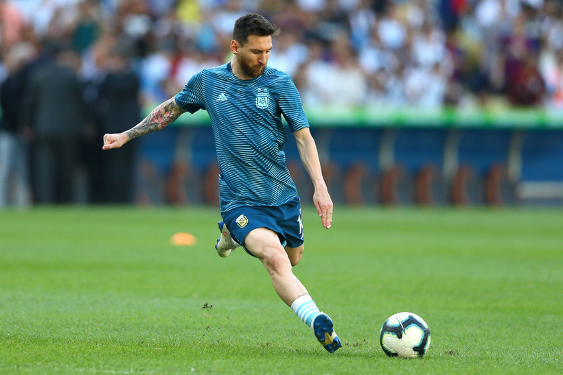 №8 (1). Лионель Месси, футбол, 31 год, Аргентина