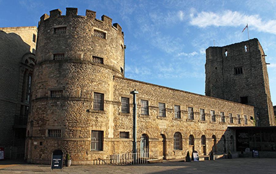 Оксфордский замок (бывшая тюрьма), Оксфорд, Великобритания