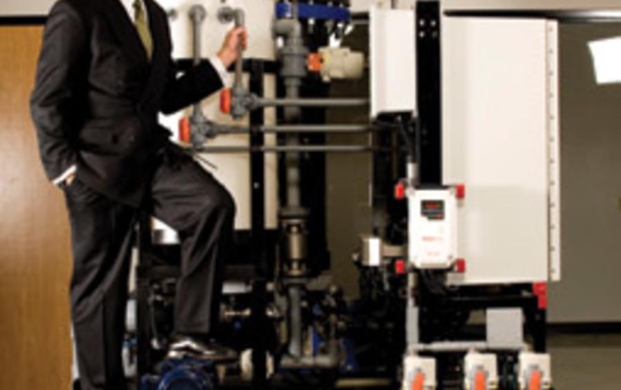 Люку Дейли удалось сделать установку для очистки воды очень компактной