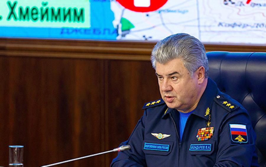 Главнокомандующий Воздушно-космическими силами России генерал-полковник Виктор Бондарев.
