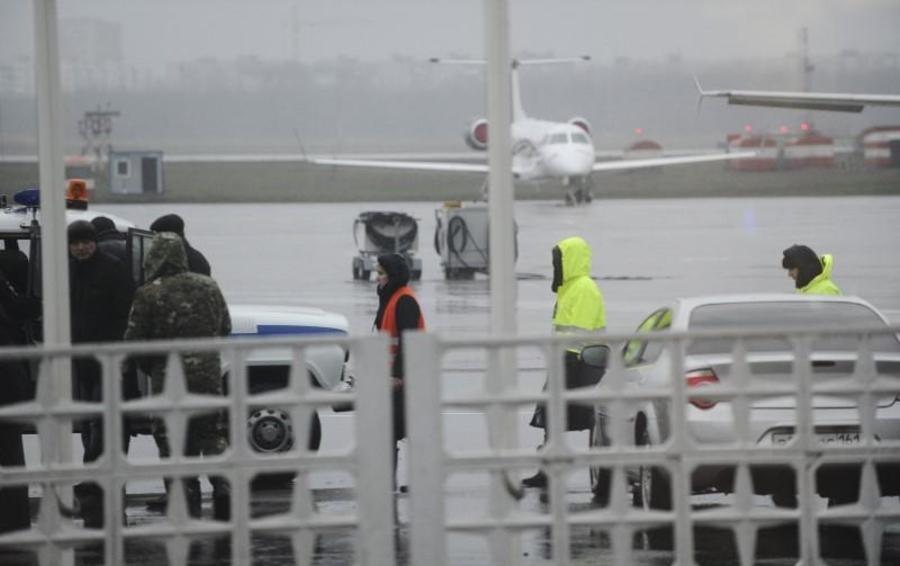 Специалисты МЧС, следователи и эксперты МАК уже приступили к расследованию причин катастрофы
