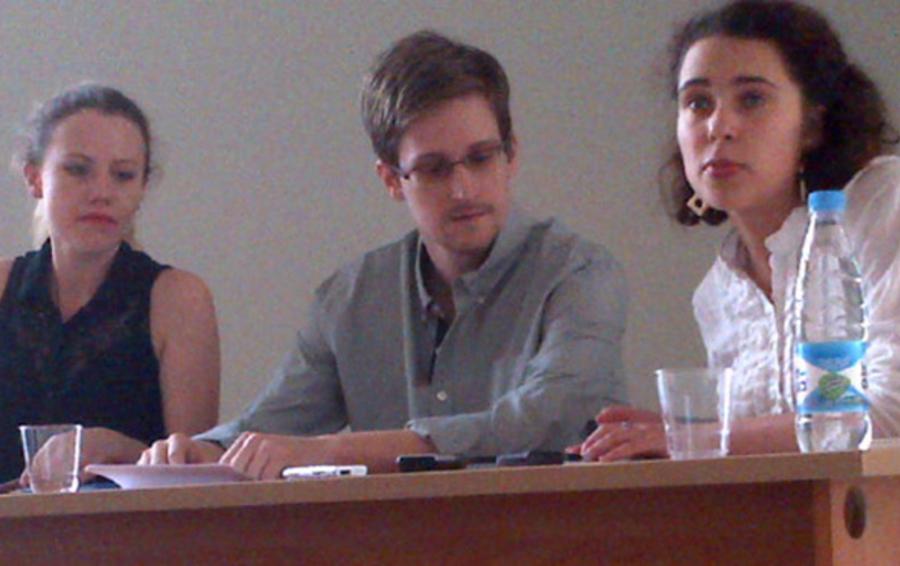 Эдвард Сноуден на встрече с правозащитниками