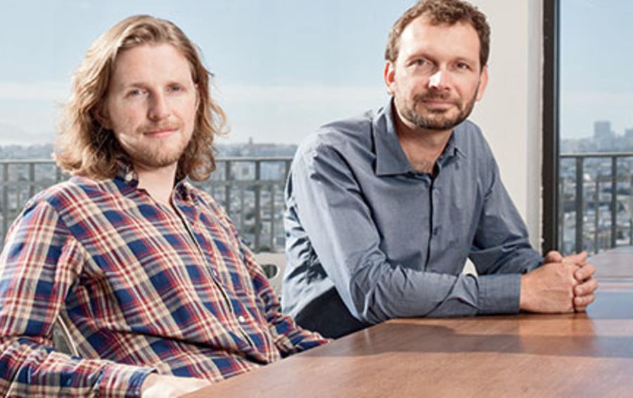 Мэтт Мулленвег (слева) создал самую популярную систему управления сайтами в мире, а Тони Шнайдер придумывает, как на этом заработать