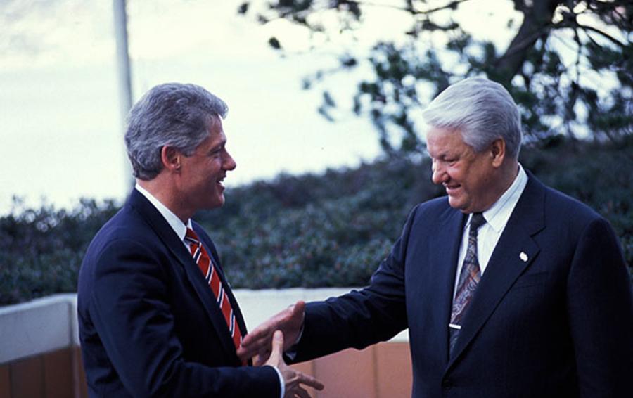 В администрации Клинтона считали, что все внешнеполитические решения Ельцин принимает единолично