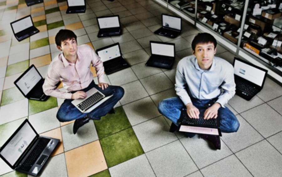 Олег Рыбалов (слева) и Михаил Уколов на старте бизнеса сами создавали сайт своего магазина и развозили заказы