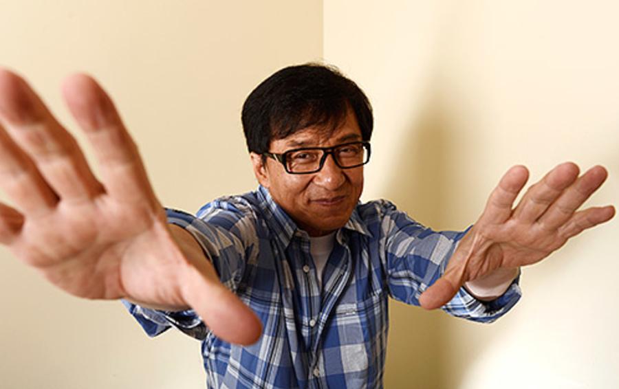 Джеки Чан не боится упреков в политической ангажированности