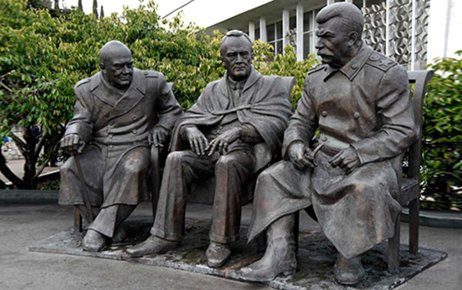 Памятник лидерам стран антигитлеровской коалиции — участникам Ялтинской конференции 1945 года, автор Зураб Церетели, Ялта