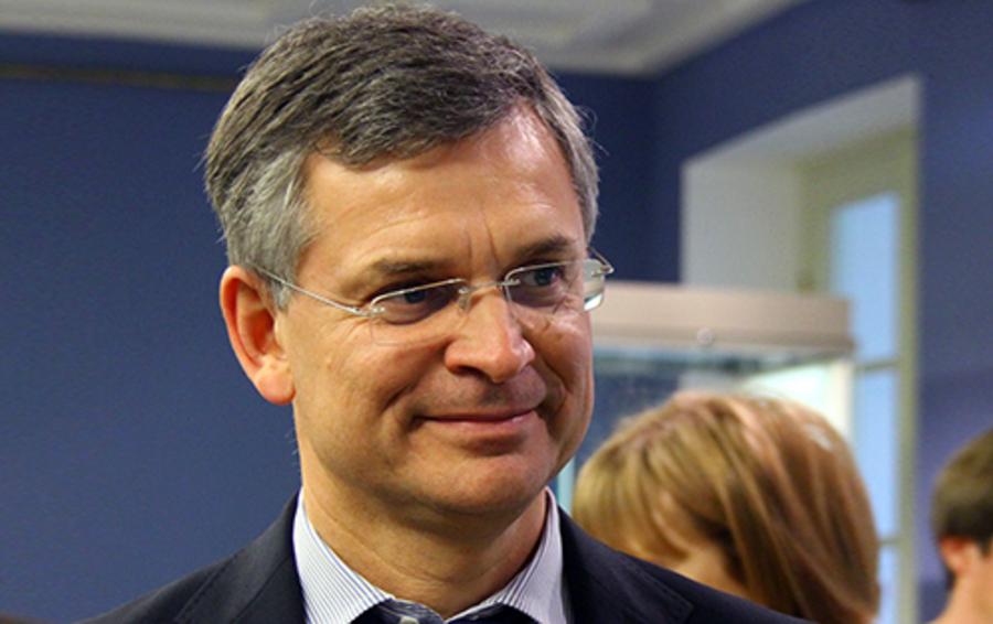 Основной владелец «Уралсиба» Николай Цветков давно ищет инвестора для дальнейшей докапиталлизации банка