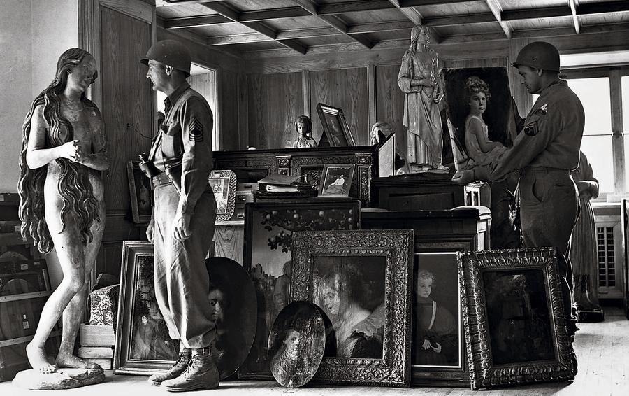 Трофейное искусство из оккупированных нацистами стран составило «коллекцию Геринга». Сегодня многие работы продаются на аукционах.