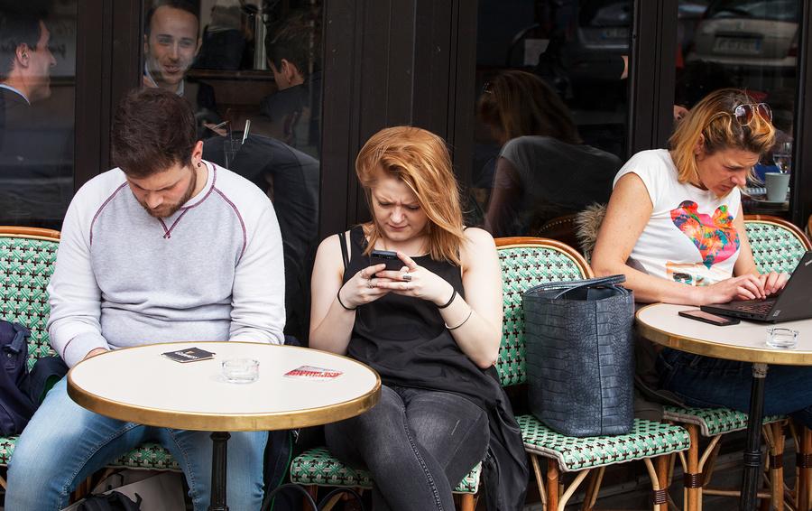Forbes выяснил, вкаких приложениях «залипают» жители России