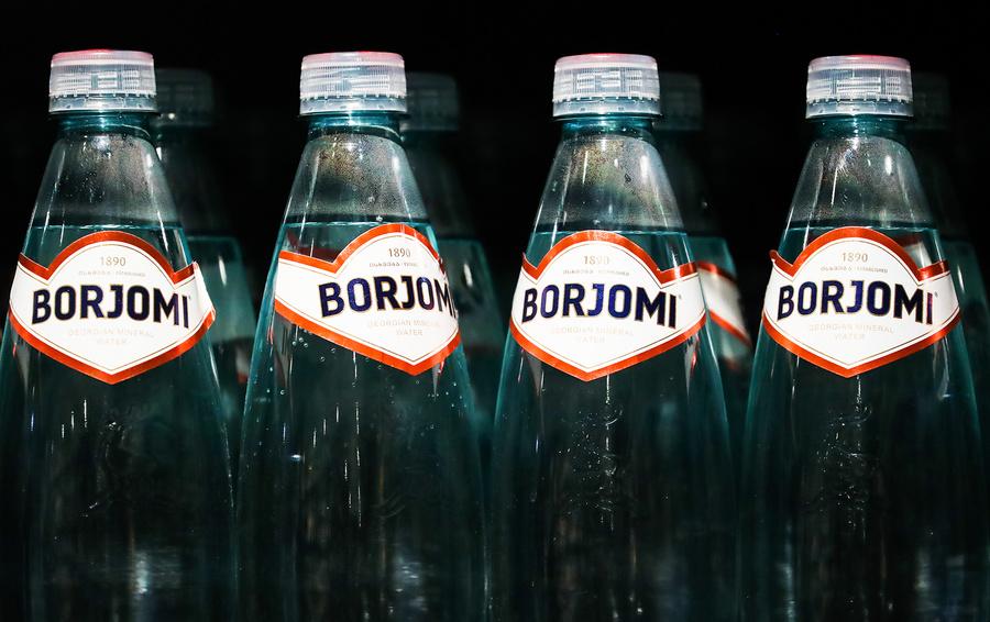 Госдума РФ предложит запретить ввоз вин и минеральной воды из Грузии