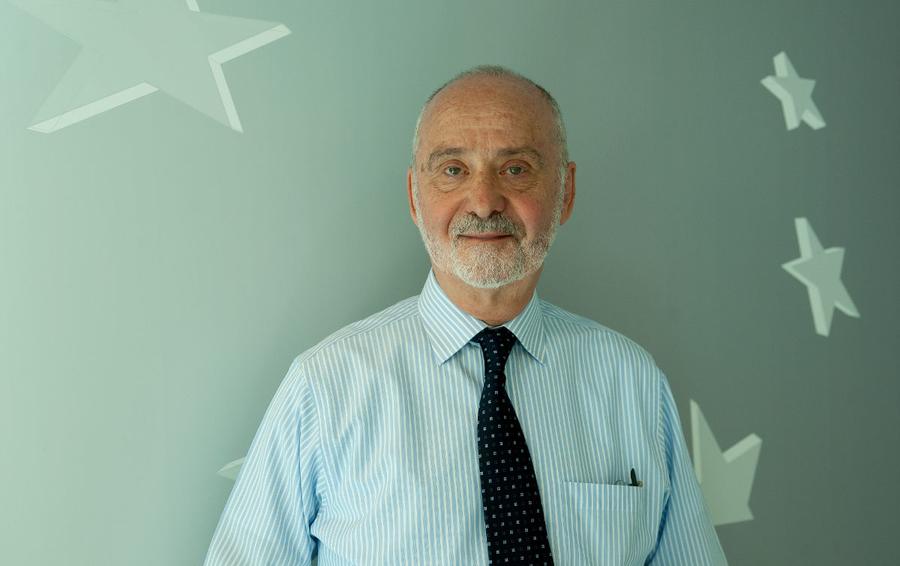 Профессор Евгений Либсон – специалист по диагностике онкологических заболеваний и пункционным биопсиям под контролем КТ