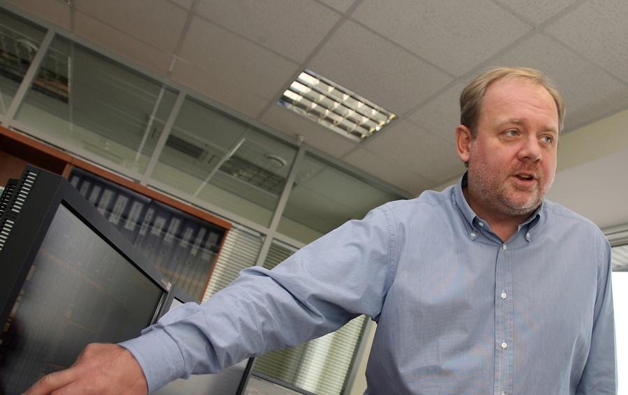 Компания прежнего руководителя НТВ покупает конкурента попродаже марихуаны