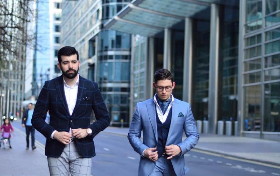 Майкл Чарльз Рокфеллер (слева) и его деловой партнер Дэниэл Коутс минимизировали бизнес-активность после серии разоблачений в СМИ
