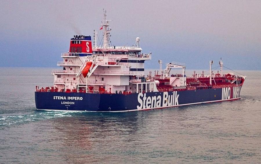 Иран сообщил о задержании британского нефтяного танкера