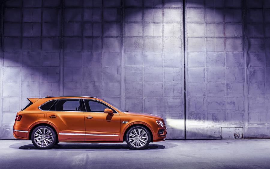 Неделя потребления: самый быстрый внедорожник Bentley и синий циферблат Breguet