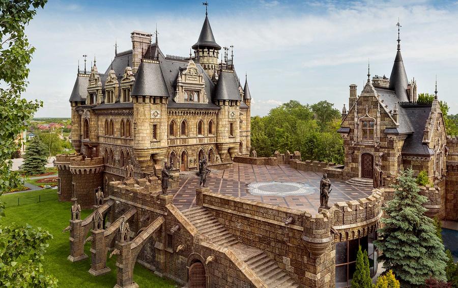 Готический замок «Гарибальди».