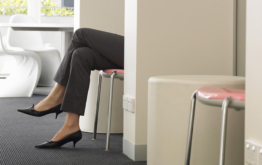 Как написать биографию о приеме на работу женщине