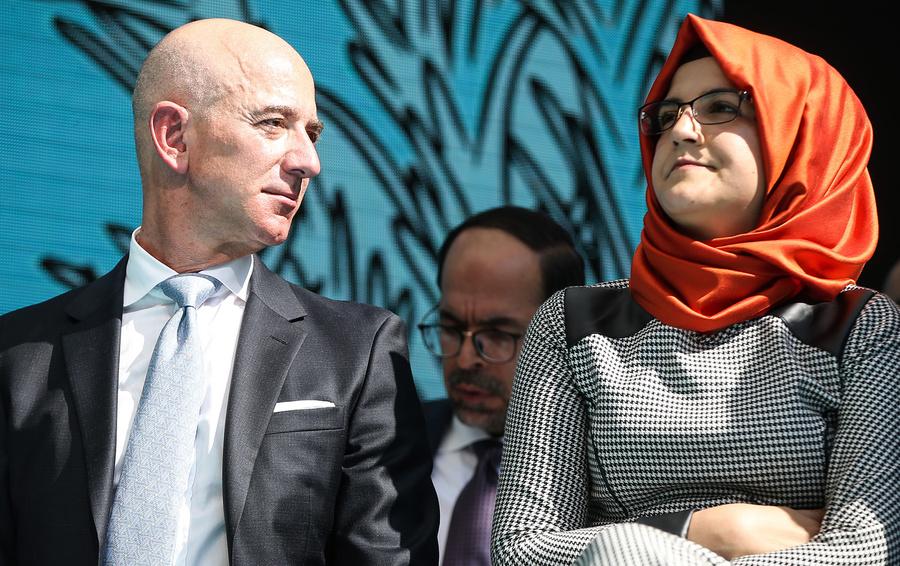 Джефф Безос и невеста убитого журналиста Джамаля Хашогги Хатидже Дженгиз
