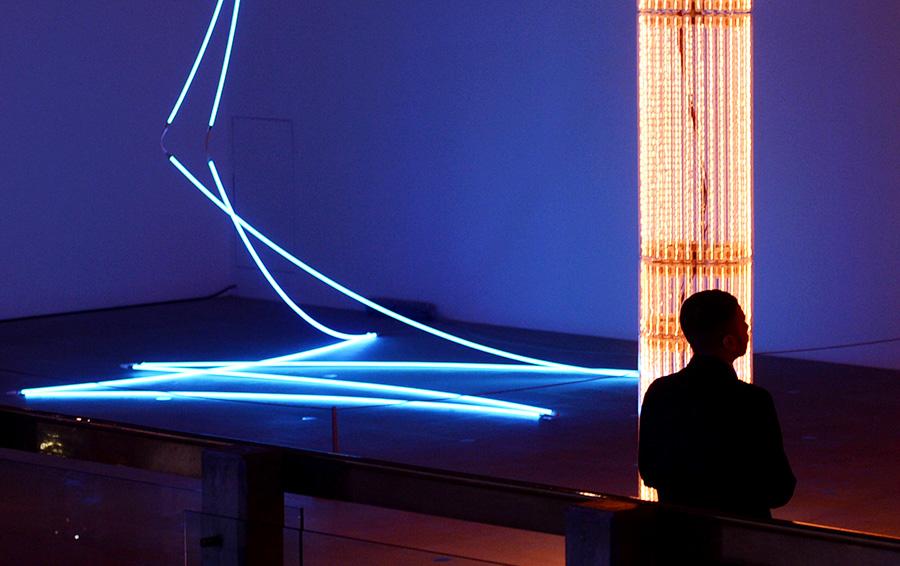 Франсуа Морелле. Lamentable and Cerith Wyn Evans' Superstructure installations. 2013. Аукционный рекорд на работы Морелле установлен на Sotheby's в 2010 году — €432 750