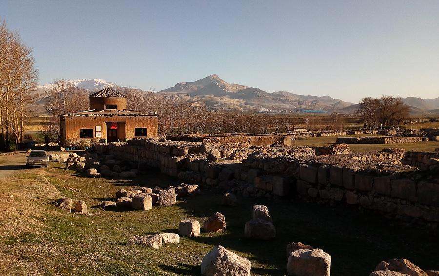Археологический музейный комплекс Бисотун