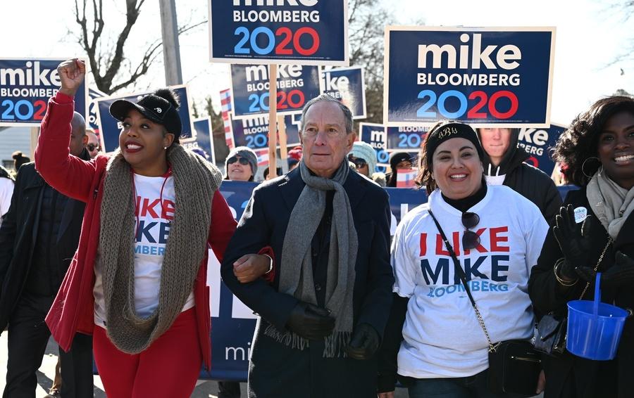 Майкл Блумберг рекрутирует новых сторонников через социальные медиа