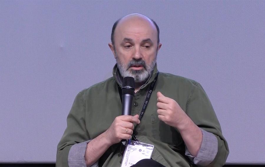 Алик Сахаров. Скриншот Youtube. 2020