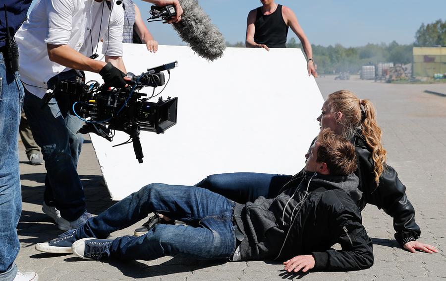 Взрослое кино: как заработать на российских фильмах