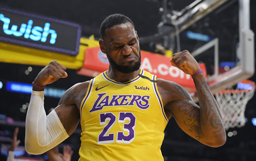 Звезда «Лос-Анджелес Лэйкерс» Леброн Джеймс в конце января вошел в топ-3 самых результативных игроков НБА в истории лиги
