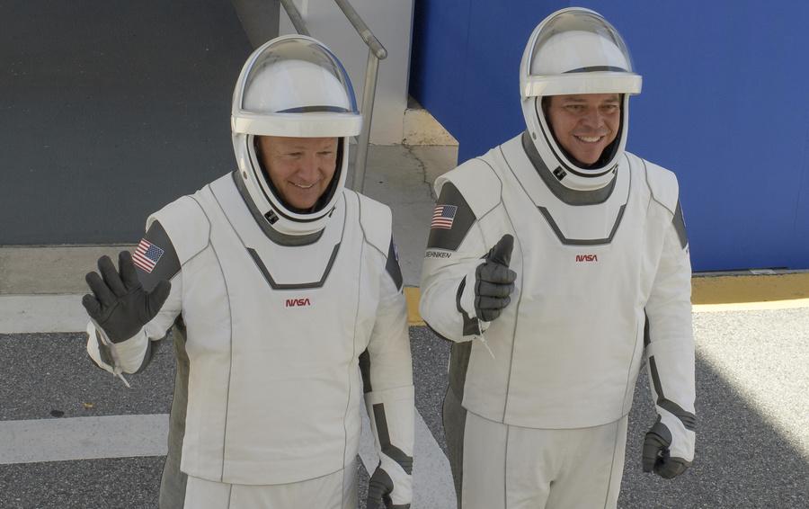 SpaceX впервые отправит астронавтов к МКС: миссия, которую не отменили даже в пандемию