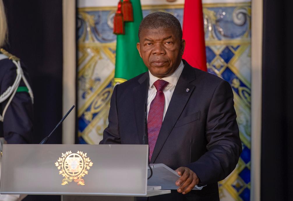 Бывший президент Анголы Жозе Эдуарду душ Сантуш