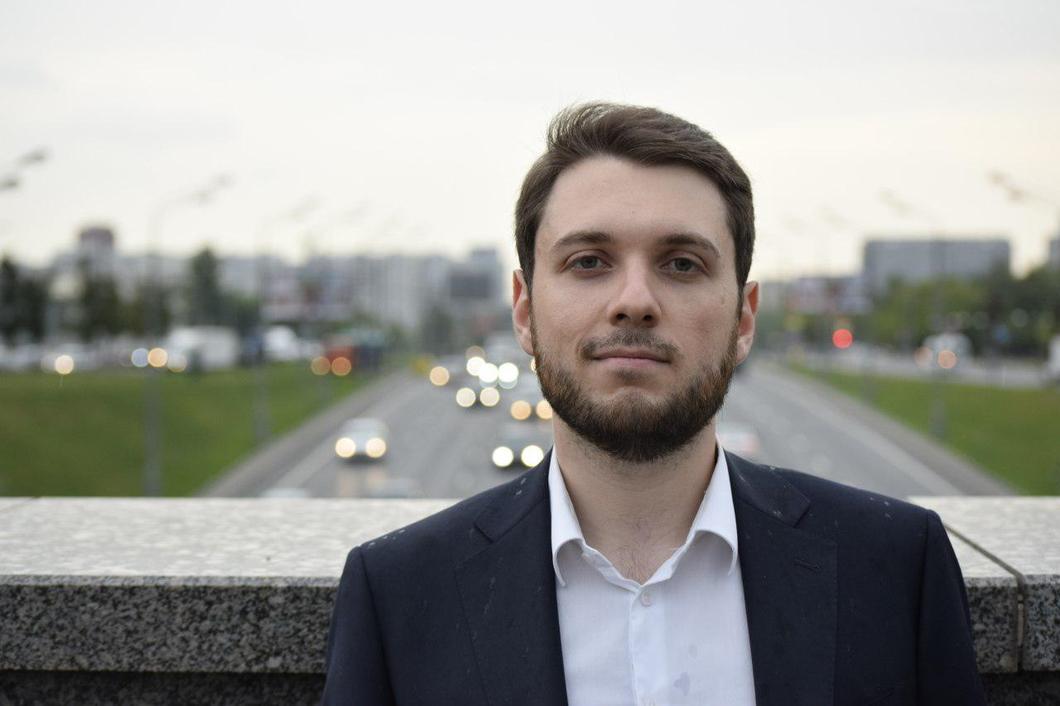 Роман Юнеман, 26