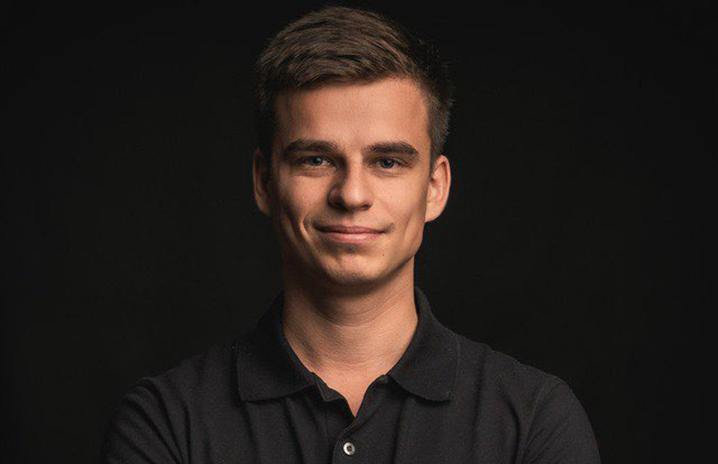 Павел Савинков, 27